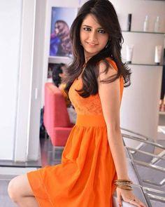 Fashion Tips For Women Beauty Full Girl, Cute Beauty, Real Beauty, Beautiful Girl Indian, Most Beautiful Indian Actress, Beautiful Bollywood Actress, Beautiful Actresses, Beautiful Models, Fair Complexion