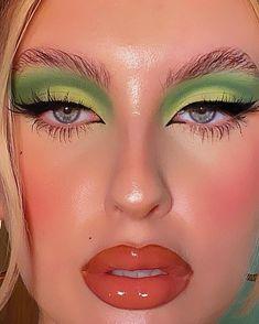 Edgy Makeup, Makeup Eye Looks, Eye Makeup Art, Halloween Makeup Looks, Cute Makeup, Pretty Makeup, Skin Makeup, Beauty Makeup, Mod Makeup