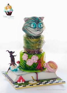 Alice in Wonderland... Bolos para Amigos http://ift.tt/29oJVQT http://ift.tt/1SqmHpK
