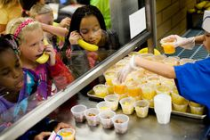 Students at Rees Elementary in Spanish Fork, Utah, enjoying the healthy options at lunch.