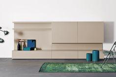 Spazio 15 Modern Wall Unit by Pianca