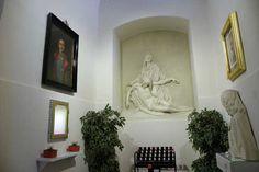 Erinnerungen an Kaiser Karl Kaiser Karl, Kirchen, Home Decor, Memories, Bathing, Interior Design, Home Interior Design, Home Decoration, Decoration Home
