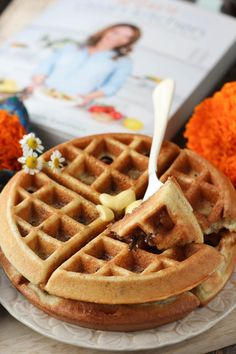 Lexi's Clean Kitchen : Best-Ever Fluffy Waffles Dairy Free Recipes, Diabetic Recipes, Whole30 Recipes, Clean Recipes, Healthy Recipes, Paleo Breakfast, Breakfast Recipes, Breakfast Waffles, Free Breakfast