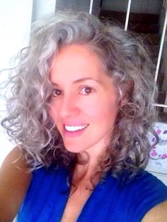 Sara Sophia Eisenman - long silver hair https://www.facebook.com/pages/Sara-Sophia-Eisenman/105609866243490 #silversiren #silverhair #grayhair #beYOUtiful #naturalbeauty