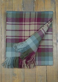 Luxury Lambswool Blanket in Auld Scotland Tartan