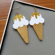 Cheap ice cream earrings, Buy Quality food earrings directly from China earrings earring Suppliers: ice cream earrings acrylic laser new 2016 spring summer girls woman jewelry accessories food earrings Pagan Jewelry, Cat Jewelry, Gothic Jewelry, Jewelry Accessories, Women Jewelry, Fine Jewelry, Jewellery, Jewelry Shop, Cream Earrings