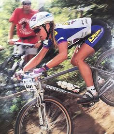 7c524ac3d9d Hall of Famer and Olympic bronze medalist Susan DeMattei descends during a  1993 Grundig World Cup