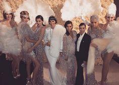 """Best Birthday ever! Kris Jenner feierte mit ihren Freunden und ihrer Familie einen """"Great Gatsby""""-Geburtstag."""