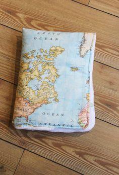 World map baby blanket map blanket minky baby blanket baby map manta mapamundi por elpollitoamarillito en etsy gumiabroncs Gallery