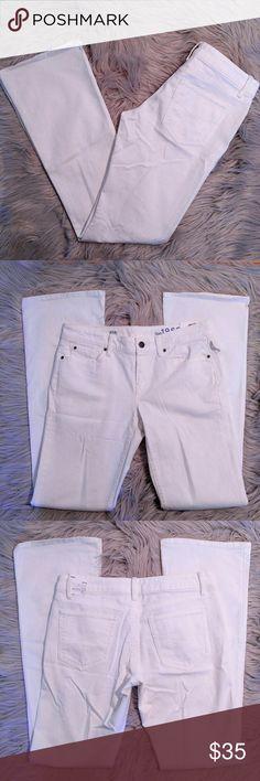 "GAP Sexy Boot Crisp White NWT Jeans GAP Sexy Boot Crisp White NWT Jeans Perfect and no flaws. All white. Size 4 15"" waist 32"" inseam GAP Jeans Boot Cut"