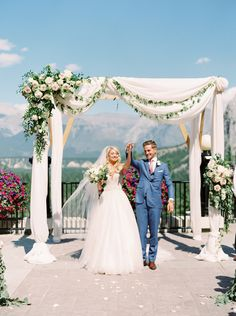 Read More: https://www.stylemepretty.com/2018/02/13/navy-blush-mountain-wedding-banff-canada/