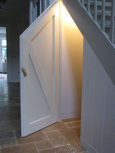 Trapkast, binnenkant deur.