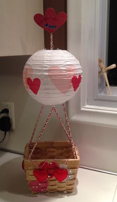 Hot air balloon valentines box