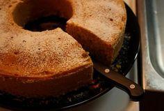 Dýňová bábovka Dessert Recipes, Desserts, Sweet Recipes, Banana Bread, Food, Tailgate Desserts, Deserts, Essen, Postres