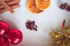 make, do & friend: A Christmas Sensory Tub