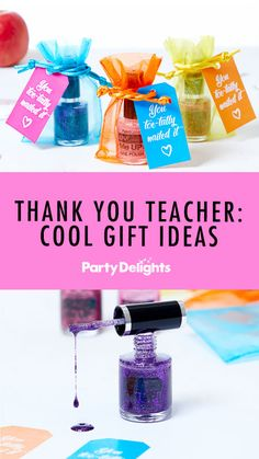 Does your child's teacher deserve a special thank you? We've got lots of simple, thoughtful end-of-term gift ideas to help you show your appreciation for all their hard work! Personalised Gifts For Friends, Personalised Gifts Handmade, Personalized Christmas Gifts, Thank You Teacher Gifts, Your Teacher, Cool Gifts, Diy Gifts, Unique Gifts, Gifts For Kids