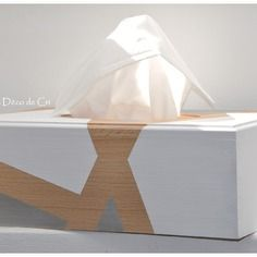 37 meilleures images du tableau bo te mouchoirs d coupage boite a mouchoir et bo te. Black Bedroom Furniture Sets. Home Design Ideas