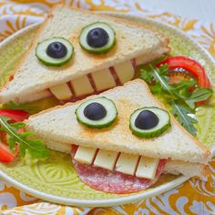 funny food - creative food for young and old prepared creatively by kelly. - funny food – creative food for young and old prepared creatively by kelly. Food Art For Kids, Cooking With Kids, Cute Food, Good Food, Yummy Food, Toddler Meals, Kids Meals, Boite A Lunch, Childrens Meals