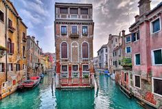 We help you make your trip to Italy, Venice memorable and interesting. We picked the most popular Venice attractions and present them to you with stunning images. Places Around The World, Oh The Places You'll Go, Places To Travel, Places To Visit, Travel Destinations, Travel Tourism, Dream Vacations, Vacation Spots, Girls Vacation
