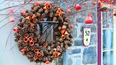 Restaurant Le Lapin Sauté Restaurant, Wreaths, Saute, Halloween, Home Decor, Pinecone, Winter, Decoration Home, Door Wreaths