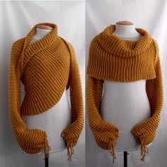 Scarf shawl poncho with sleeves in mustard color. door vinevirak