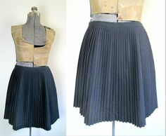 Designer Gray Pleated Mini Skirt Donna Karan by rileybellavintage