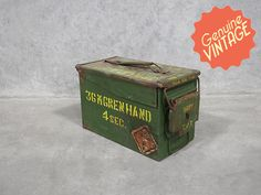 Vintage Army Collectable | Antique Army Ammo Tin | War Box