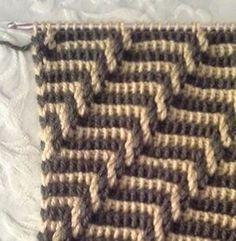 Knitting Yarn, Knitting Patterns, Crochet Patterns, Tunisian Crochet, Diy Crochet, Crochet Stitches Chart, Mosaic Patterns, 2 Colours, Crocheting