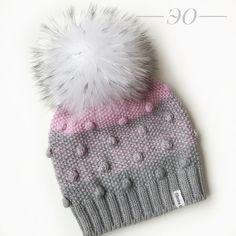"""292 Likes, 33 Comments - ВЯЗАНАЯ ШАПКА❄️ШАРФ❄️ВАРЕЖКИ (@elmira_osmanova_) on Instagram: """"Тот же комплектик 100%merino wool. Только с другой стороны. Ну очень нравится он мне."""""""