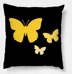 Shop Butterfly butterfly pillows designed by Bull as well as other butterfly merchandise at TeePublic. Crochet Cushions, Sewing Pillows, Diy Pillows, Throw Pillows, Butterfly Pillow, Flower Pillow, Felt Diy, Felt Crafts, Felt Pillow