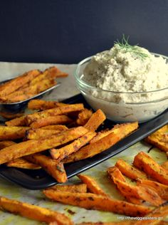 "Sweet potato ""fries"" with garlicky cashew cream: an amazing vegan lunch! Good Healthy Recipes, Vegetarian Recipes, Indian Food Recipes, Whole Food Recipes, Vegetarian Platter, Unprocessed Food, So Little Time, I Foods, Food And Drink"