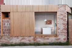 Andrew Burges Architects have breathed new life into a semi-detached house in Sydney's Bondi, experimenting with unconventional planning & use of materials. Timber Screens, Timber Windows, Timber Cladding, Australian Architecture, Interior Architecture, Interior Design, Majestic Palm, Recycled Brick, Solid Brick