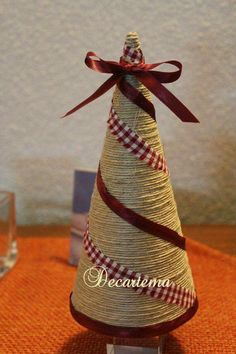 Christmas Holiday paper mache Cone Yarn Trees with berry, h Cone Christmas Trees, Christmas Tree Crafts, Burlap Christmas, Homemade Christmas, Xmas Tree, Christmas Projects, Holiday Crafts, Christmas Holidays, Christmas Ornaments