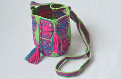 WAYUU BAG – Small-Sized Mochila with SWAROVSKI Crystals. Handwoven by a woman from the Wayuu Tribe. Green & Hexagons. AVAILABLE AT www.colombiart.co
