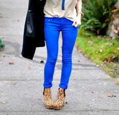 Would have never thought to wear the skinnies rolled.  Or the blue pants