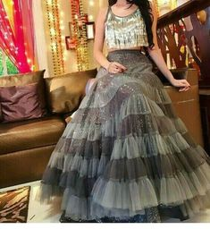 Pearl_designers Book ur dress now Completely stitched Customised in all colours For booking ur dress plz dm or whatsapp… Indian Wedding Outfits, Bridal Outfits, Indian Outfits, Choli Designs, Lehenga Designs, Indian Gowns Dresses, Pakistani Dresses, Moda Indiana, Lehnga Dress