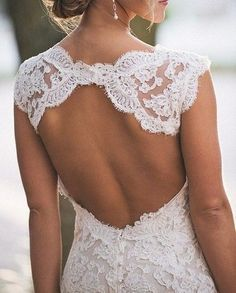 Open-back lace. very nice, but my back rolls wouldnt look nice in this. haaa :)