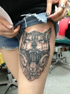 Angry Wolf High Thigh Tattoo