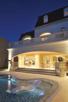 dream house: A R Arquitectos.