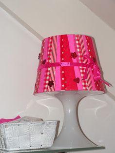 Ikea lampje beplakt met decopatch papier van de action