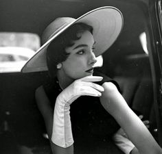 "vintage everyday: Beautiful Fashion Shots of Model Sherry ""Cherry"" Nelms Taken in the 1950s"