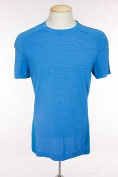 LULULEMON Mens Short Sleeve Run Shirt M Medium Blue Gray Stripe Mesh Gym Yoga…