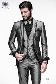 Italian bespoke gray fashion suit three pieces in new performance fabric with black lapel profile, style 1076 Ottavio Nuccio Gala, 2015 Emotion collection.