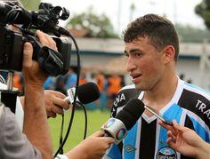 """Destaque de jogo-treino do Grêmio se diz renovado: """"Aprendi com besteiras"""" #globoesporte"""