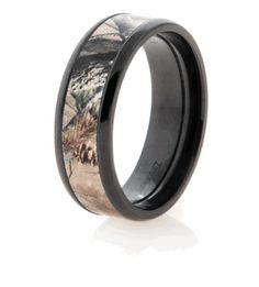 TJ's final choice Black Zirconium RealTree Camo Wedding Ring - RealTree AP Camo Wedding Band|Titanium-Buzz