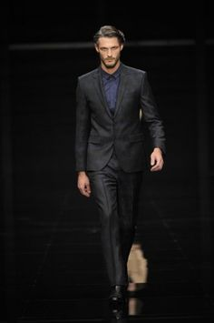 Great suit from Hugo Boss but might be cut a bit too thin for me!