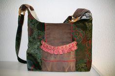 Tasche im Vintage Look aus Samt und Cord, Unikat von Nähwittchen auf DaWanda.com