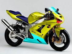 Kawasaki ZX 6 R - and such awesome colorrrs!