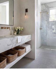 Modern Bathroom Design with Floating Vanity – Marble Bathroom Dreams Modern Bathroom Design, Bath Design, Bathroom Interior Design, Home Interior, Interior Plants, Minimal Bathroom, Interior Livingroom, Tile Design, Bad Inspiration