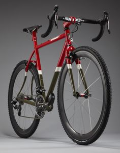 Speedvagen CX, sporting red, white and olive paint